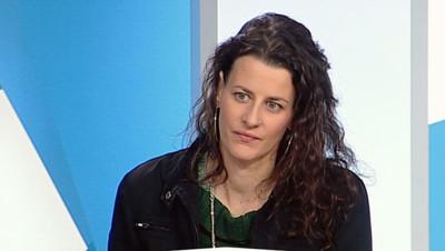 Charlotte Magri, l'enseignante marseillaise qui a alerté sur la vétusté des classes dans sa ville