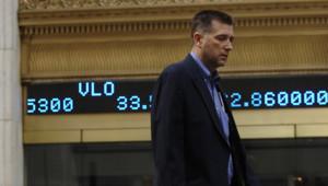 Trader déconfit quittant la Bourse de New York (19 septembre 2008)