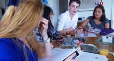 Le 20 heures du 31 mai 2015 : Baccalauréat : les étudiants adeptes des nouvelles technologies pour réviser - 1642