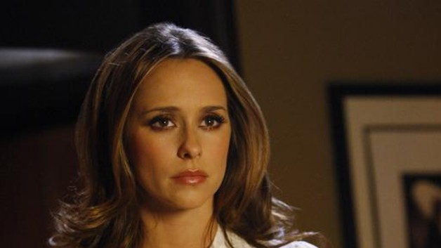 Melinda Gordon (Jennifer Love Hewitt) dans Ghost Whisperer Saison 3 Episode 18