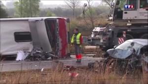Espagne : 14 morts dans un accident d'autocar transportant des étudiants, ce que l'on sait