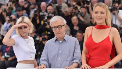 Woody Allen, Kristen Stewart, Blake Lively au photocall de Cafe Society photocall le 11 mai 2016 au Festival de Cannes.,