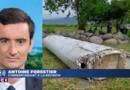 """MH370 : """"2 bouteilles avec des inscriptions indonésiennes et chinoises"""" retrouvées à La Réunion"""
