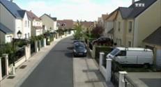 Replay Petits secrets entre voisins - Le voyeur (1/2)