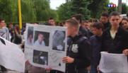 Une marche blanche a été organisée en hommage aux ados.