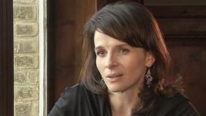 """Interview de Juliette Binoche à l'occasion de la sortie du film """"coup de foudre à Rhode Island"""""""