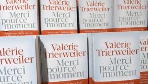 """Le livre de Valérie Trierweiler """"Merci pour ce moment"""", a été écrit et édité dans le plus grand secret avant d'être imprimé en Allemagne."""