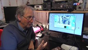 Le 13 heures du 15 avril 2014 : De son salon, il discute avec un astronaute dans l'espace - 1536.1317011108397