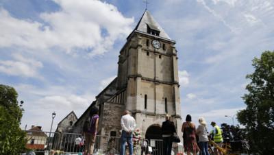 Eglise de St-Etienne-du-Rouvray après l'attentat, 28/7/16