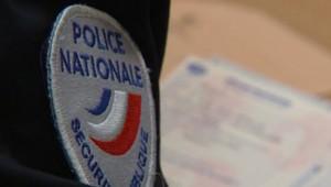 TF1/LCI : Détail de l'uniforme d'un policier