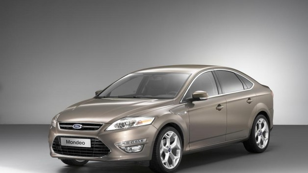 photos automoto la nouvelle ford mondeo 2010 en version berline mytf1. Black Bedroom Furniture Sets. Home Design Ideas