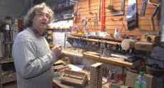 Le 13 heures du 27 novembre 2014 : Rencontre de fabricants d'instruments de musiques (4/5) : l'accord� - 2351.9360443115233