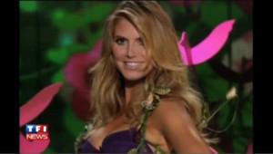 Heidi KLum défile pour la marque de lingerie Victoria's Secret