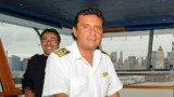 Costa Concordia : le commandant demande pardon, mais...