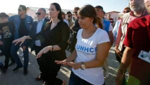 Angelina Jolie visite un camp de réfugiés à Mardin en Turquie le 20 juin 2015