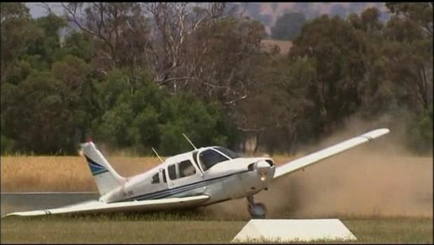 Australie : les images d'un atterrissage périlleux