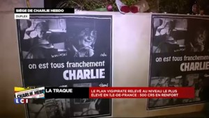 Le siège de Charlie Hebdo devenu lieu de recueillement