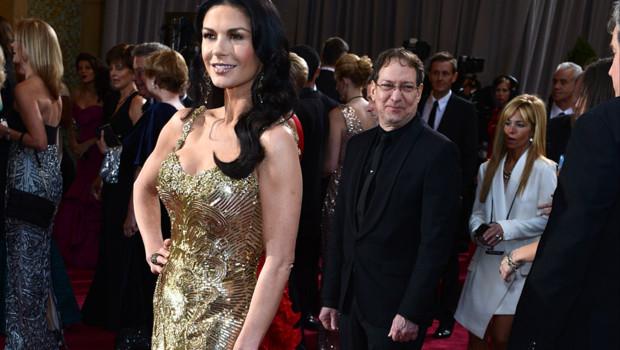 Catherine Zeta-Jones à son arrivée à la cérémonie des Oscars en février 2013