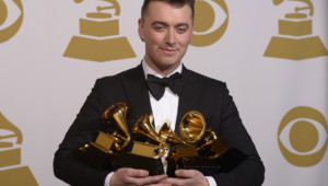 Le chanteur anglais Sam Smith et ses quatre récompenses aux Grammy Awards 2015