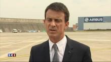 """Référendum grec : Valls demande aux Grecs """"de voter les yeux ouverts"""""""