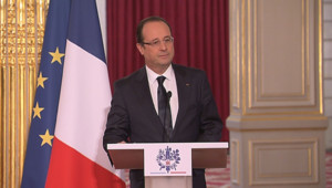 François Hollande, lors de la signature du plus contrat d'aviation civile d'Airbus, le 18 mars 2013, à l'Elysée.