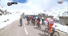Le 20 heures du 20 mai 2013 : Le Tour d&#039;Italie troublar la neige - 380.14