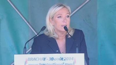 Marine Le Pen à Brachay pour sa rentrée politique le 30 août 2014