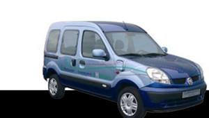 Cleanova II, la voiture électrique testée par La Poste à Paris et Bordeaux