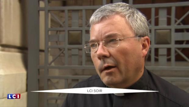"""Prêtres suspendus à Lyon : """"Nous avons l'obligation de clarifier un certain nombre de dossiers"""""""