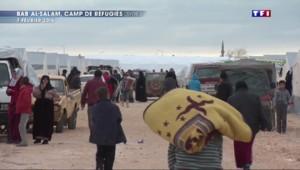 Les réfugiés syriens sont toujours bloqués à la frontière avec la Turquie