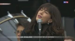 """Hommage : """"Quand on n'a que l'amour"""" interprété par Camelia Jordana, Yael Naim et Nolwenn Leroy"""