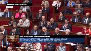 """Manuel Valls : """"Notre pays crève de ce genre de polémique"""" sur la réforme pénale"""