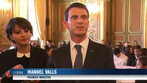 """Le 13 heures du 10 février 2015 : Manuel Valls à Marseille: """"L'urgence est la sécurité"""" - 526.693"""