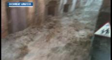 Le 20 heures du 18 septembre 2014 : D�ge dans le Gard et l'H�ult: les cours d%u2019eau transform�en pi�s mortels - 95.69