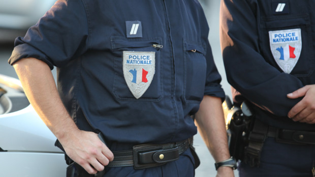 agent police nationale sécurité vigipirate