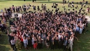 Cérémonie de remise des diplômes à l'école de commerce HEC à Jouy-en-Josas