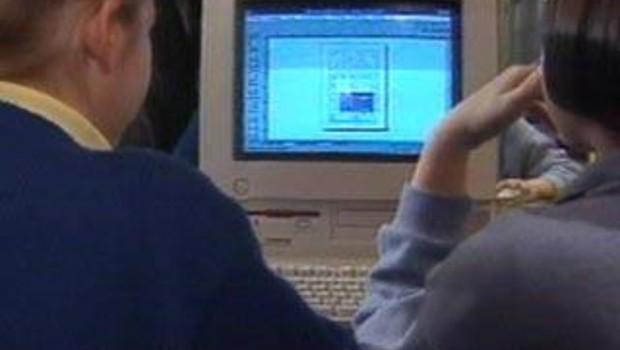 contrôle parental internet chat pédophilie