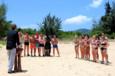 Koh-Lanta Vietnam - Denis accueille les candidats pour une nouvelle épreuve d'immunité. Les Rouges remettent en jeu leur totem !