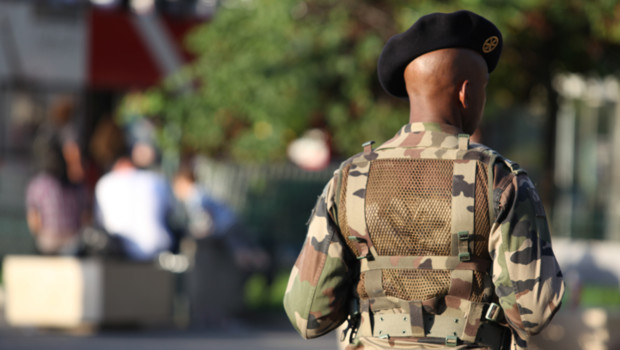 soldat sécurité vigipirate armée