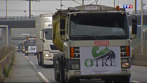 Environ 4000 camions vont bloquer les routes françaises, samedi, pour protester contre l'écotaxe.