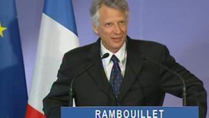 TF1/LCI : Dominique de Villepin lors de sa conférence de presse mensuelle à Rambouillet (30 janvier 2007)
