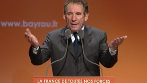 TF1/LCI - Election présidentielle - François Bayrou lors de son meeting au Zénith de Paris, le 21 mars 2007