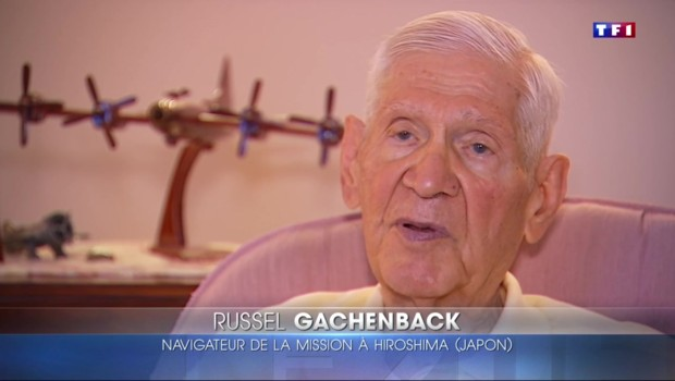 Hiroshima : le dernier survivant de la mission qui a largué la bombe raconte