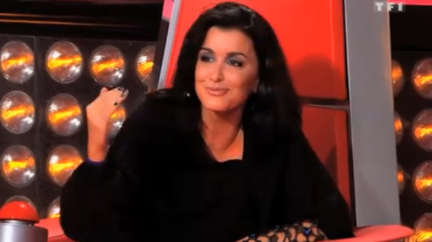 Jenifer durant une Batlle de The Voice saison 2