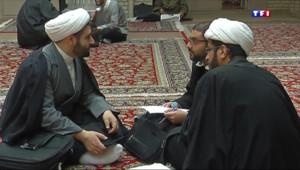 Le 20 heures du 21 mars 2015 : Iran : Qom, berceau des futurs ayatollahs - 1098.2740000000003