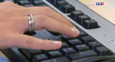 Le 13 heures du 29 août 2014 : Multiplication des mails frauduleux pour la rentr�- 1178.161