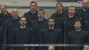La Marseillaise chantée aux Invalides.