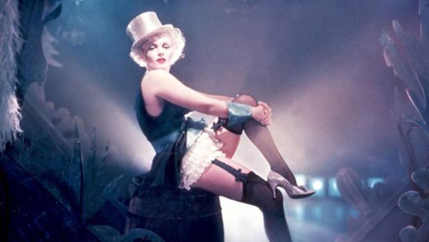 Marilyn Monroe rejoue L'Ange Bleu pour Richard Avedon.