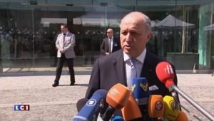 """Nucléaire iranien : """"Fermeté constructive"""" pour la France, affirme Fabius"""