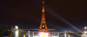 Attentat à Istanbul : la tour Eiffel se pare des couleurs de la Turquie